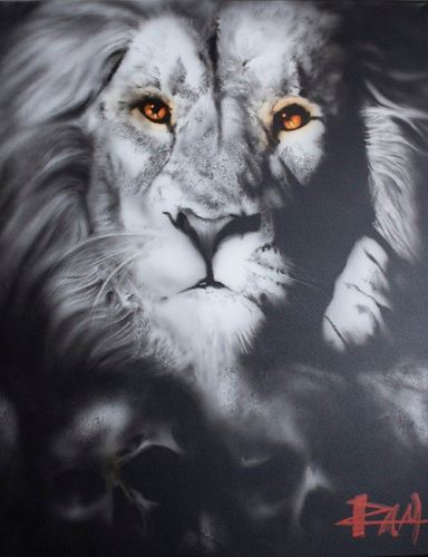 Black and White Airbrushed Lion